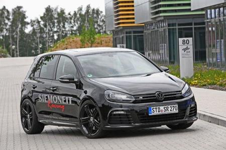 A tope: Black Pearl Golf R