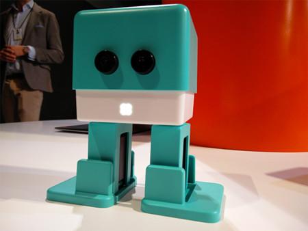 Zowi, la apuesta de BQ por los juguetes inteligentes y programables