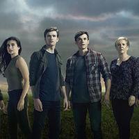Freeform no quiere esperar más y renueva 'Beyond' por una segunda temporada
