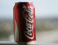 Coca-Cola lanza mini latas de refrescos para ayudar a controlar su ingesta