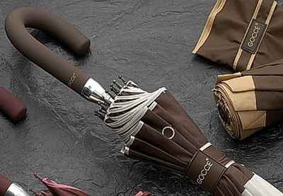 El paraguas no es un castigo para el hombre