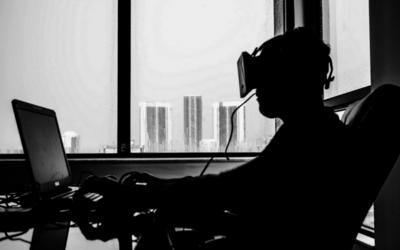 """Apple quiere a expertos en realidad virtual para crear interfaces de """"próxima generación"""""""