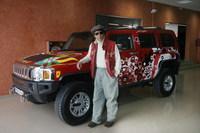 El presentador Jesús Quintero adquiere un Hummer H3 diseñado por Custo