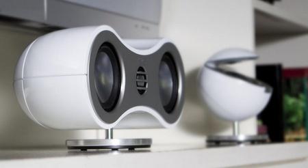 Jamo presenta su nueva línea de altavoces, la serie 360, con un diseño bastante peculiar