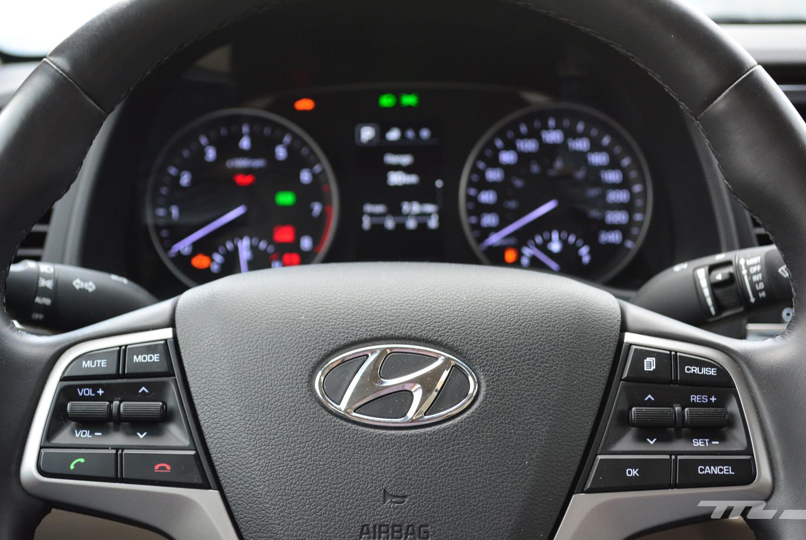 Foto de Hyundai Elantra (Prueba) (10/19)