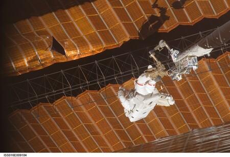 Astronautas Averia Iss