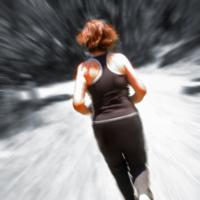 Equipamiento adecuado para correr en verano