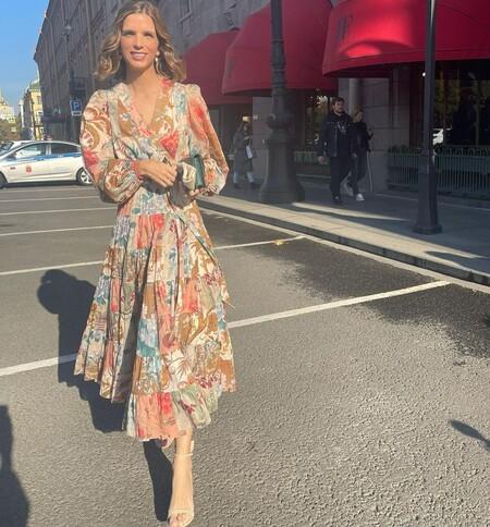 Nos inspiramos en el vestido de cóctel Margarita Vargas y cambiamos las flores por el estampado patchwork: cinco modelos perfectos para este otoño
