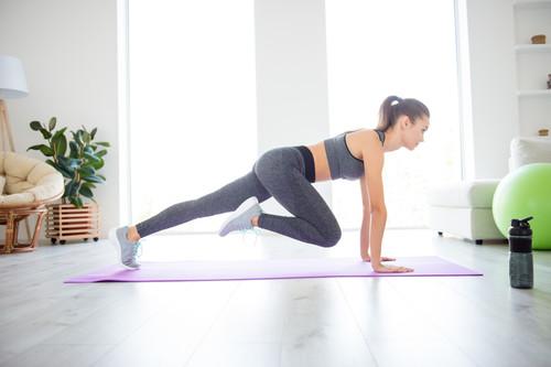 Entrenamiento de adviento: un circuito para entrenar en casa y ponerte en forma antes de la Navidad