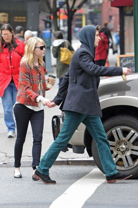 ¿Cómo viste la pareja de (híper) moda? Emma Stone y Andrew Garfield?