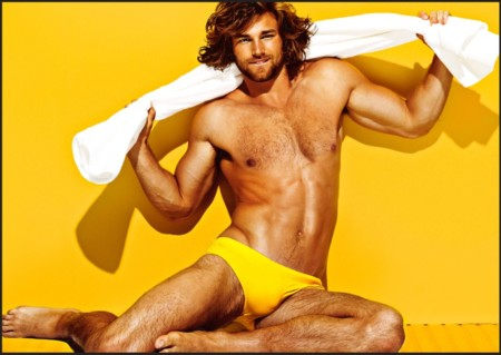 La colección de verano de Charlie by Matthew Zink es apta solo para cuerpos perfectos