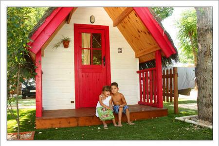 Bungalows Club: el lugar dónde encontrarás alojamientos vacacionales para toda la familia cerca de la naturaleza