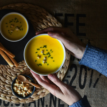 Crema de azafrán y curry, receta de entrante para una celebración (también con Magimix Cook Expert)