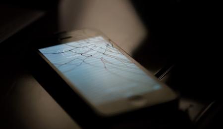 La garantía del iPhone seguirá activa después de algunas reparaciones no oficiales, según un comunicado interno de Apple