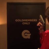 Cazadores de fakes: no, nadie ha muerto intentando bañar sus testículos en oro