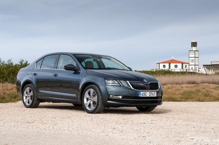 Škoda Octavia 2017, a prueba: nueva mirada y más tecnología, pero tan amplio y cómodo como siempre