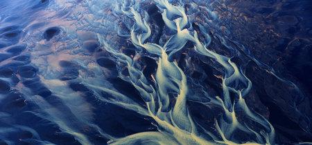 Cuando la naturaleza es el pintor abstracto más embriagador que existe: las fotos de Zack Seckler
