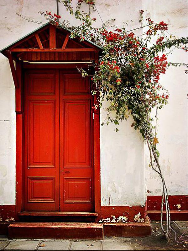 Clasica Puerta Roja 08