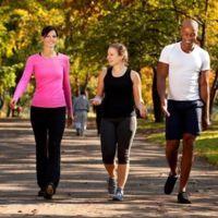 Caminar, una práctica sencilla y saludable