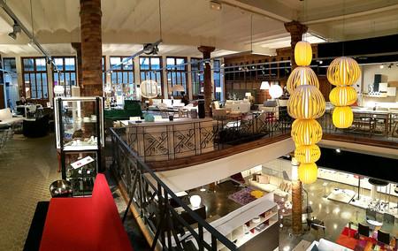 Vintage, industrial y con muebles de diseño, así es la nueva flagship store de H&M en España