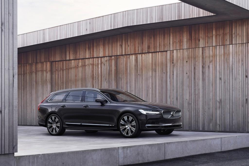 Los Volvo S90, V90 y V90 Cross Country se actualizan: tecnología microhíbrida para todos