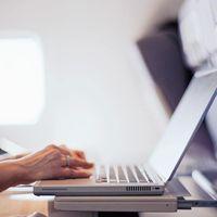 EEUU prepara una nueva prohibición para viajar con dispositivos electrónicos en vuelos procedentes de Europa