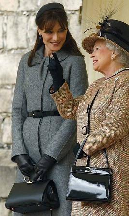 El look de Carla Bruni en su primer viaje de Estado a Inglaterra