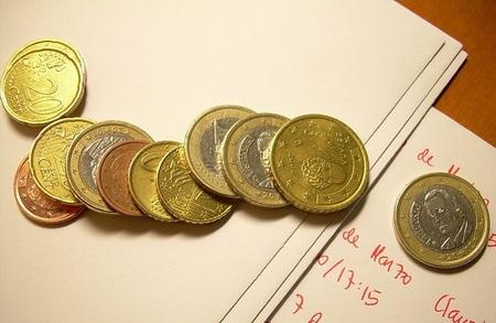 Gastamos más rápido las monedas que los billetes