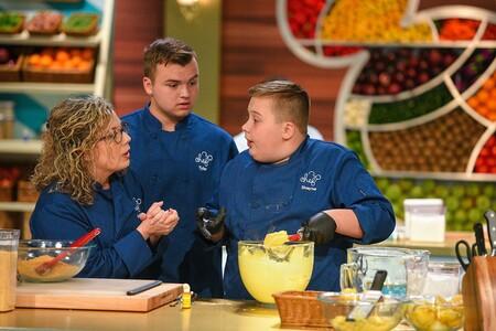 """""""Nuestro Chef sea Usted"""" el concurso de cocina donde familias compiten por un viaje en crucero: 1ª temporada solo por Disney+"""