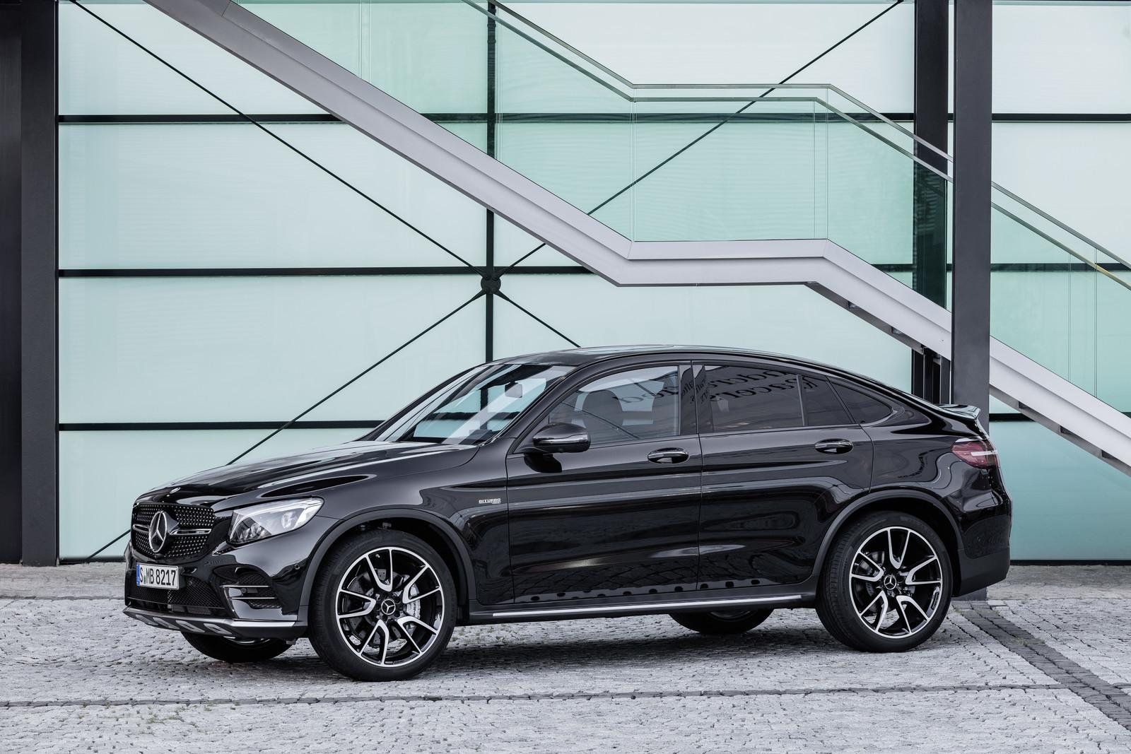 Foto de Mercedes-AMG GLC 43 4MATIC Coupé (11/24)