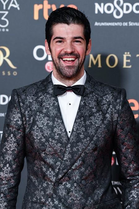 Miguel Ángel Muñoz se entrega a un look clásico para los Premios Goya 2019