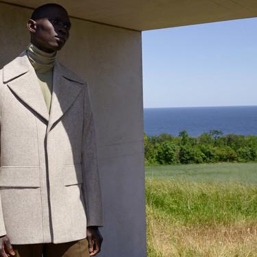 La arquitectura sueca inspira la nueva y muy minimalista colección de invierno de COS