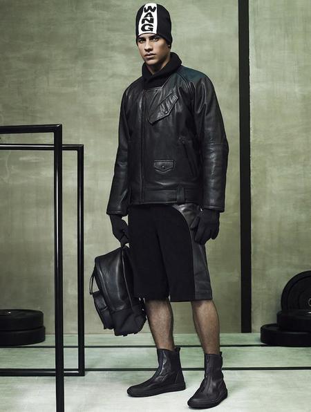 El negro y la influencia deportiva predominan en la colección de Alexander Wang X H&M
