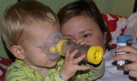 Están aumentando los casos de asma por la toxicidad en el aire