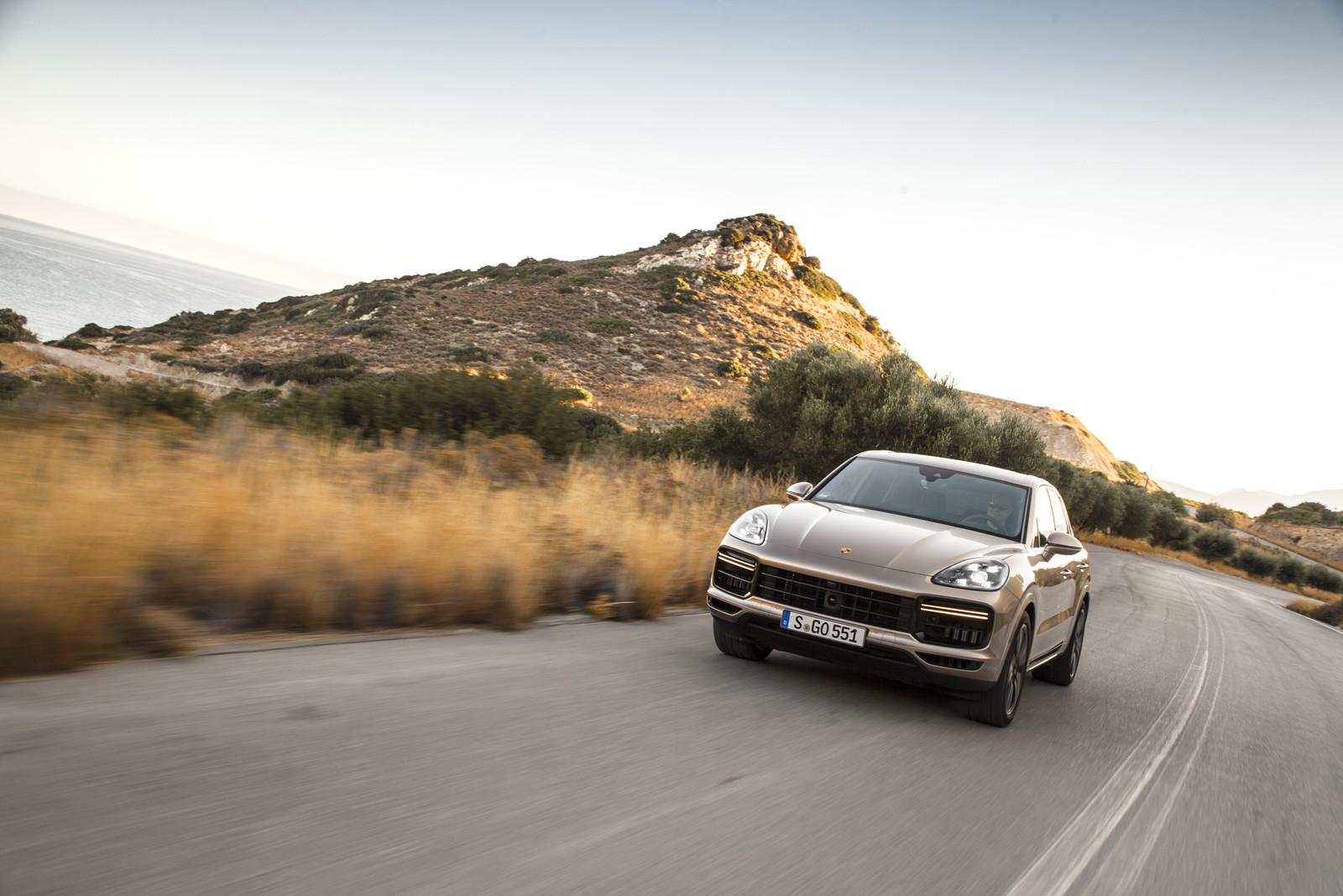 Foto de Porsche Cayenne Turbo 2018 (24/71)