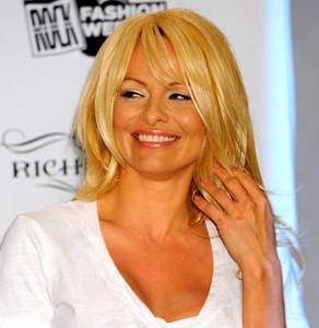 Pamela Anderson se vuelve arrebatadora