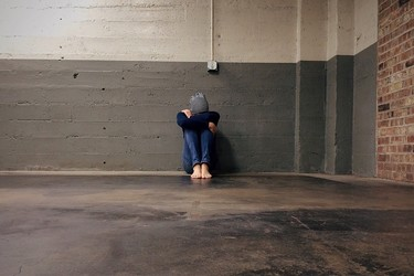 Las mujeres sin hogar, ¿lo tienen más fácil o más difícil que los hombres?