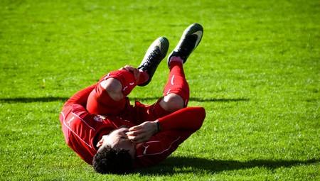 Así te ayuda un psicólogo a recuperarte de una lesión (y a saber esperar para volver a entrenar)