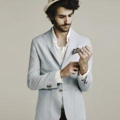 Foto 4 de 9 de la galería zara-y-su-casi-veraniego-lookbook-del-mes-de-abril en Trendencias Hombre