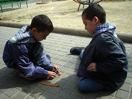 Petardos y pirotecnia en las Fallas de Valencia: precauciones con niños