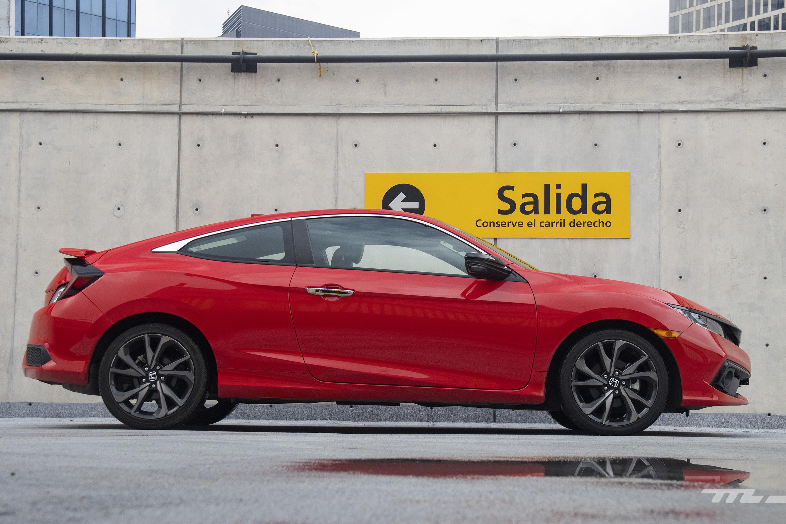 Foto de Honda Civic Coupé 2020 (34/70)