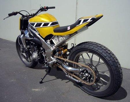 Yamaha R1 Street Tracker