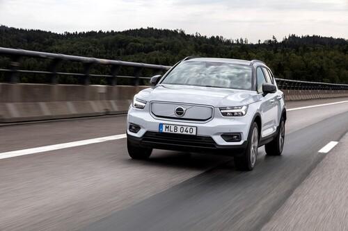 Consejos para viajar en coche eléctrico: mantenimiento, planificación del viaje y cómo aumentar la autonomía del coche