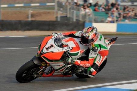 Superbikes 2011: Carlos Checa primero en los libres, tercero en Q1