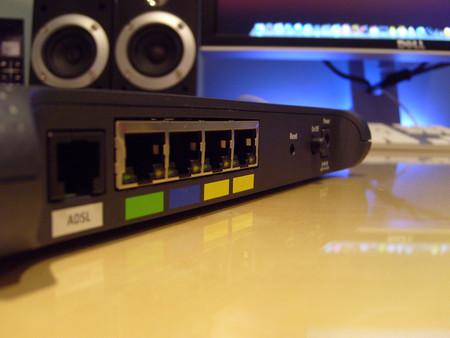"""La CIA lleva años """"hackeando"""" routers Wi-Fi domésticos con el programa CherryBlossom"""