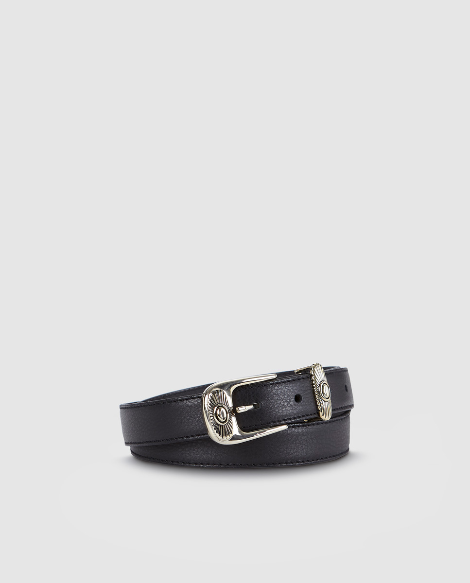 Cinturón de mujer El Corte Inglés de piel negro con hebilla labrada