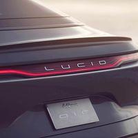 El Lucid Air cumple su amenaza contra el Tesla Model S y destroza en vídeo su récord en el cuarto de milla