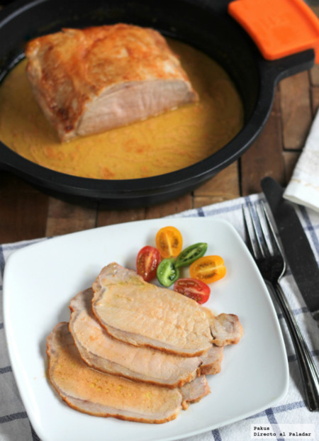 Lomo de cerdo asado con leche de coco y especias para tandoori. Receta sin lactosa ni gluten