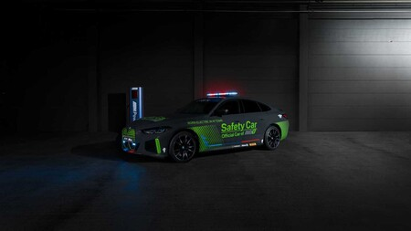 BMW pone otro eléctrico en la pista, el nuevo i4 M50 será el Safety Car de MotoE