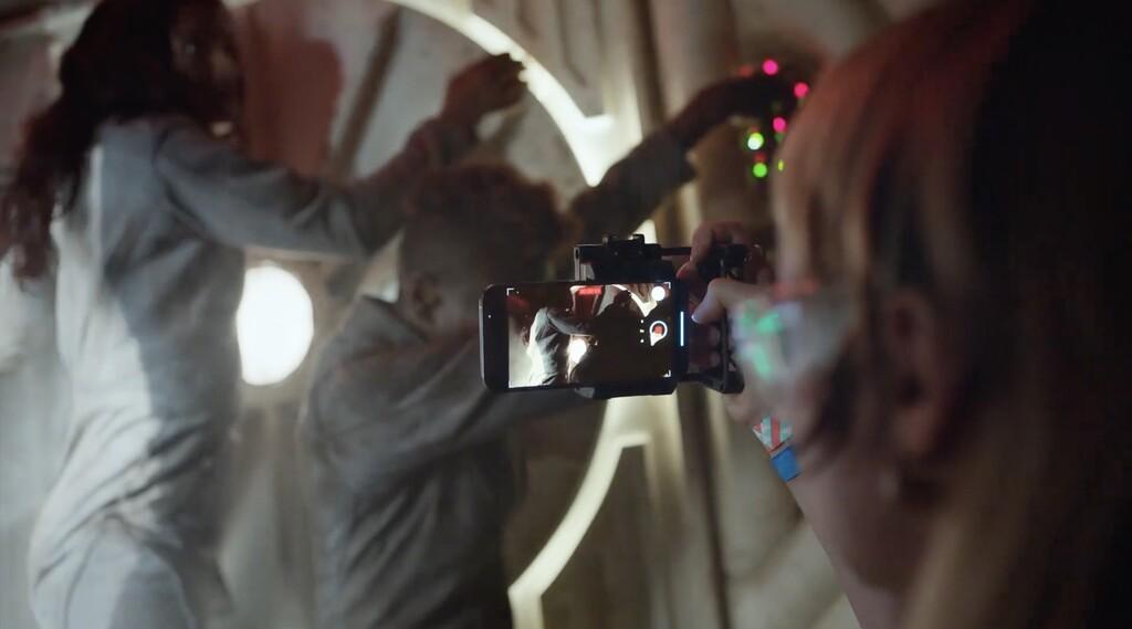 Qué es el Modo Cinematográfico de los <strong>iPhone℗</strong> 13 y por qué va a inspirar a toda una nueva generación de creadores»>     </p> <p>Junto con los <a href=